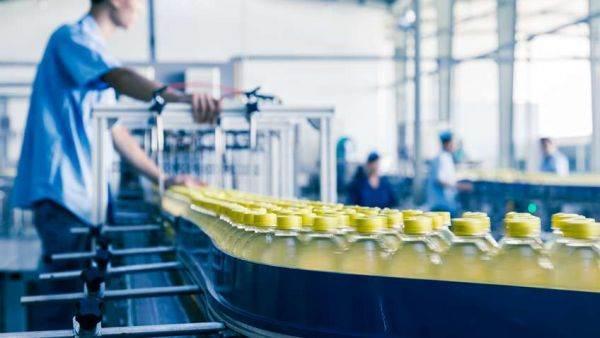 La produzione alimentare rallenta la crescita. Export: i numeri di vino, spiriti e aceti