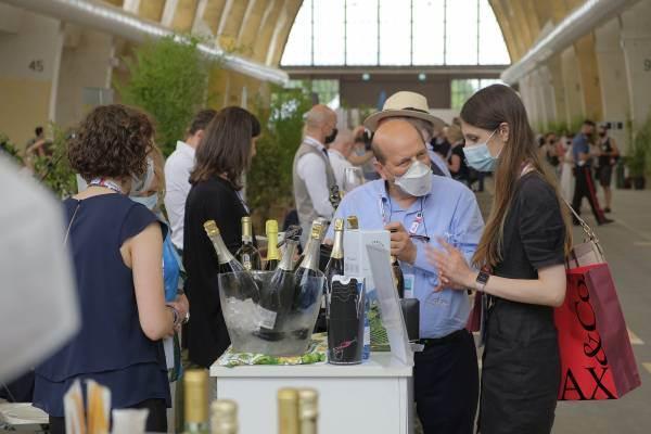 Nel primo semestre record del vino italiano sui top 12 paesi buyer (+7,1%)