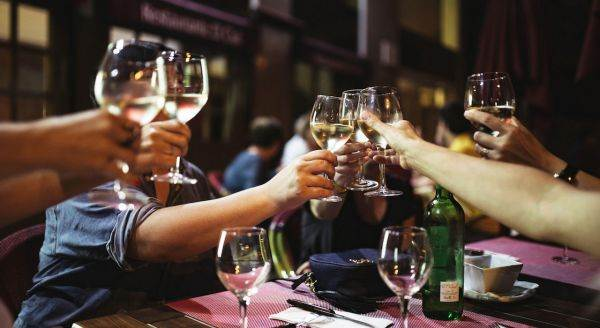 Turismo enogastronomico: il 56% degli italiani vuole visitare una cantina