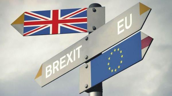 """La roadmap della Brexit (e cosa succede in caso di """"no deal"""")"""