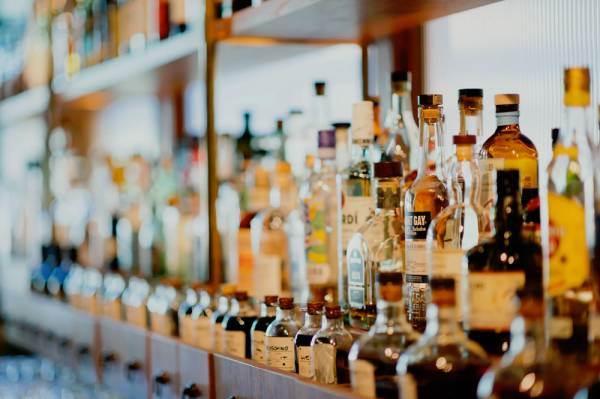 Bruxelles: novità per l'etichettatura delle bevande spiritose