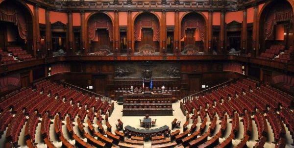 Vino, dazi ed export: il sottosegretario Centinaio risponde al Senato sulle attività del Governo