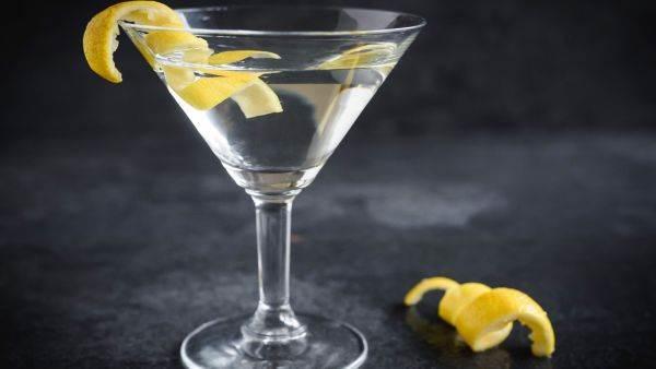 Nuove regole canadesi sulla vodka: non solo patate e cereali per la distillazione