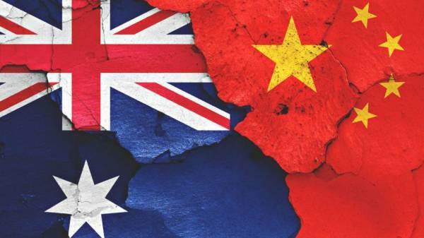 La Cina avvia inchieste antidumping e dazi compensativi sul vino australiano