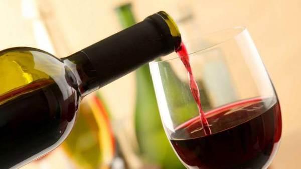 """Ue e """"vino dealcolato"""": nessun rischio per Doc e Igt"""