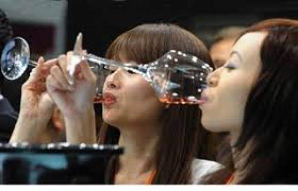Cina, rallentano le vendite di vino (e non è solo colpa dei dazi Usa)