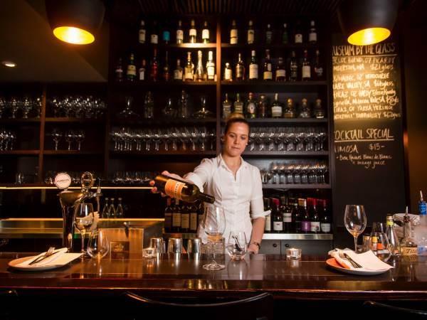 Federvini: nei consumi fuori casa vini a -29% e spiriti a -34% a valore