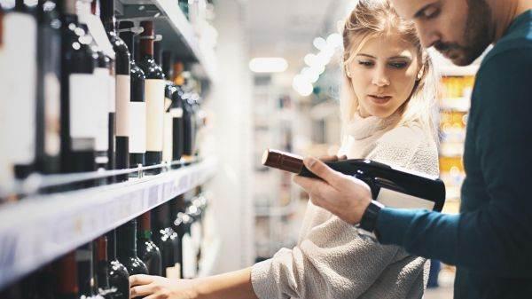 Tornano a crescere le vendite nella Gdo: aumenti a doppia cifra per spumanti e vini bio