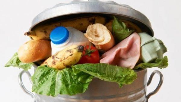 Spreco alimentare: in Italia vale 15 miliardi ed è soprattutto domestico. Ma vini e spiriti sono virtuosi