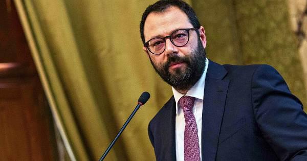 Patuanelli: un brindisi al futuro di un settore strategico dell'economia italiana