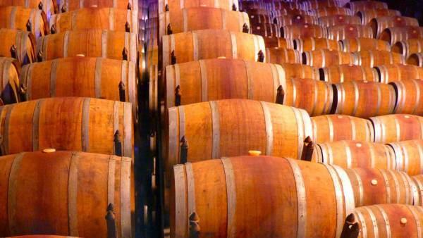 Cantina Italia, 49,3 milioni di ettolitri di vini e mosti in giacenza al 30 giugno 2021