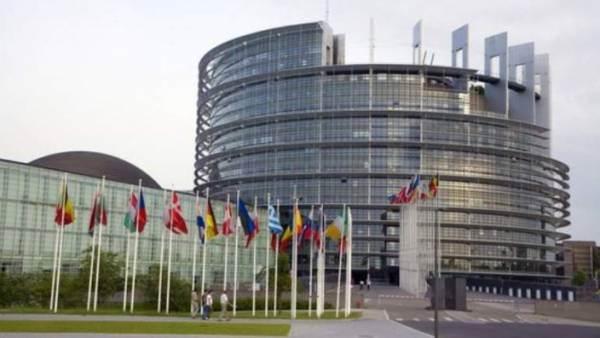 Europarlamentari in campo contro l'etichetta Nutriscore