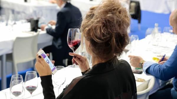 Vinitaly-Nomisma Wine Monitor, riapertura horeca vale 6,5 miliardi per il consumo di vino