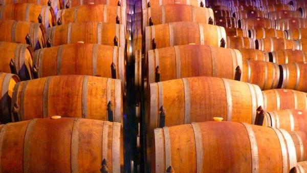 Cantina Italia, scorte a 50,3 milioni di ettolitri di vino