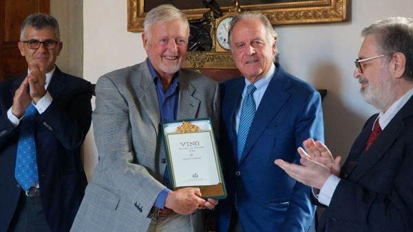 Burton Anderson, giornalista Usa, premiato da Grandi Marchi