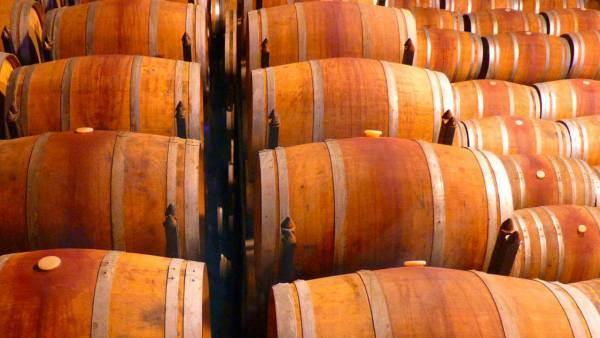 Cantina Italia, in calo le scorte a 50,8 milioni di ettolitri di vino