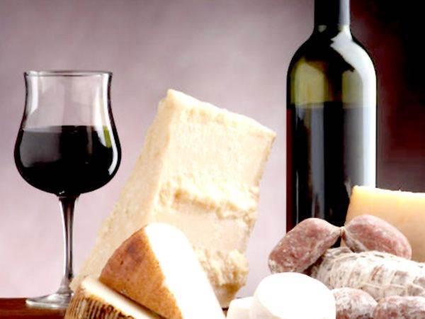 Lombardia, in arrivo legge per rendere obbligatori vini e pesce locali negli agriturismi
