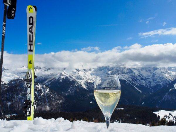 Appuntamento sulle Dolomiti, il metodo classico trentino incontra la montagna