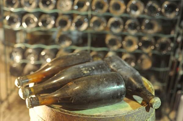 Saranno venduti all'asta vini anteriori alla Rivoluzione Francese