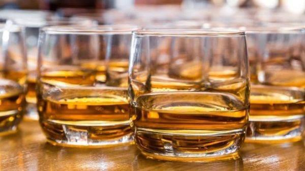 Una lingua artificiale per scoprire il whiskey contraffatto
