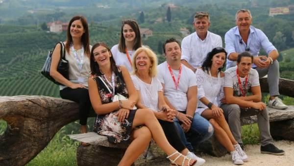 Un doppio itinerario (in rosa) dell'Associazione Vignaioli Trevigiani rivolto ai wine maker