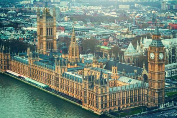 """Londra, la Camera  dei Lord contro la nuova """"burocrazia"""" sull'import di vino"""